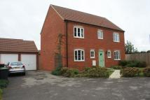 Detached property to rent in Russet Close, Brickhill