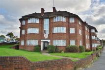 Flat in Beaufort Park NW11