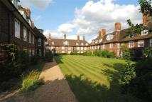 2 bed Flat in Bigwood Court