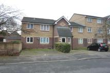 1 bed Ground Flat in Shortlands Close...