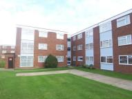 2 bedroom Apartment in Wessex Drive, Erith