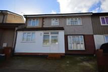 4 bedroom semi detached house in Stelling Road, Erith