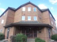 2 bedroom Flat to rent in Frobisher Road, Erith