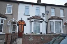 4 bedroom house in Horsa Road, Erith