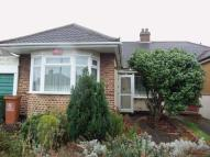 Bungalow in Nurstead Road, Erith