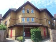 Flat to rent in Cook Square, Erith