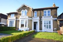 Apartment for sale in Park Crescent, Erith