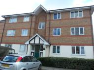 1 bed Flat in Chandlers Drive, Erith