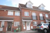 4 bedroom property in Wheelock Close, Erith
