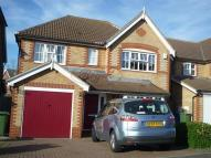 Detached house in Woolbrook Close, Rainham