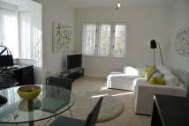 3 bedroom Flat in Creine Mill Lane South...