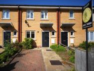 2 bed house to rent in Shalbourne Square...