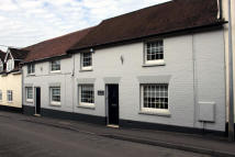 Character Property for sale in High Street, Overton...