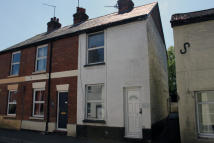 2 bedroom End of Terrace home in High Street, Overton...