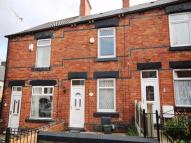 2 bedroom Terraced house to rent in Victoria Road, Wombwell...
