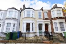 4 bedroom house in Ivydale Road, Nunhead...