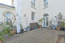Flat for sale in Blackheath Village...