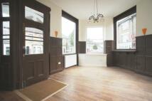2 bedroom Flat in Malfort Road, Camberwell...