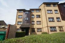 Flat to rent in Hardcastle Court...