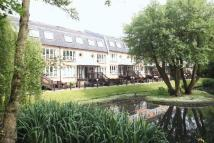 2 bed Flat for sale in West Wickham