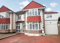 4 bedroom semi detached house in Shirley