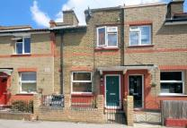 2 bed Terraced home in Addiscombe