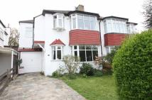 4 bed semi detached house in Shirley