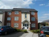 Flat to rent in Dean Road, Cadishead...