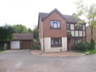 Detached property in Lakeside, Irthlingborough