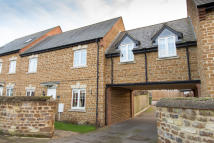 5 bedroom Town House in Ivy Lane, Finedon