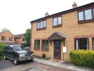 3 bed semi detached house to rent in Pipers Close...