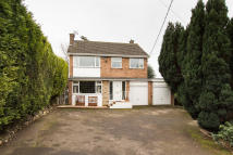 Detached house in Addington Road...