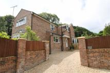 4 bed Detached house in Singrett Hill, Llay...