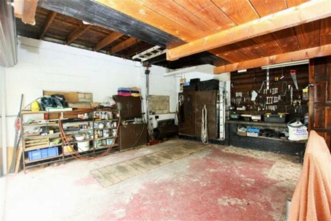 Double Garage (Wareh