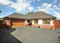 5 bed Bungalow in 56A New Moss Road...