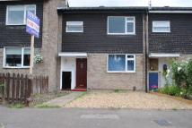 3 bedroom home in Theydon Gardens, Rainham...