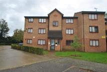 Flat for sale in Plumtree Close, Dagenham