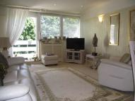 Flat for sale in High Rd, Buckhurst Hill...