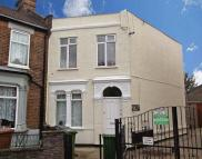 2 bed Flat in Wolsey Avenue...