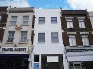 1 bed Flat to rent in Queens Road...