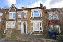2 bedroom Flat to rent in Grove Road, Walthamstow...