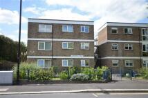 2 bedroom Flat to rent in Larkswood Court...