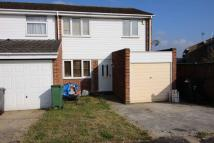 3 bedroom semi detached home to rent in Byng Gardens, Braintree
