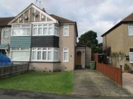 2 bedroom semi detached house to rent in Murchison Avenue, Bexley
