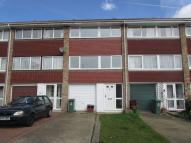 4 bed Terraced property to rent in Maiden Erlegh Avenue...