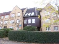 Flat to rent in Finch Court...