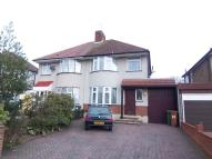 3 bedroom semi detached property to rent in Latham Road, Bexleyheath