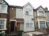 3 bed Terraced home to rent in Riverdale Road, Erith