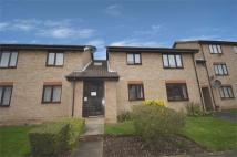 Ground Flat to rent in Halifield Drive...