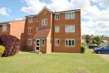 2 bed Flat for sale in Redford Close, Feltham...